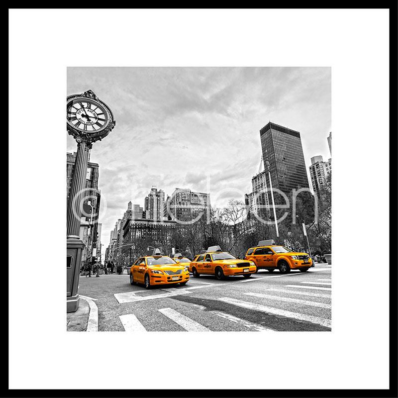 """Beeld met lijst """"New York Taxi"""" met lijst van aluminium C2"""