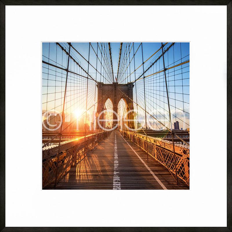 """Beeld met lijst """"Brooklyn Bridge"""" met lijst van aluminium C2"""