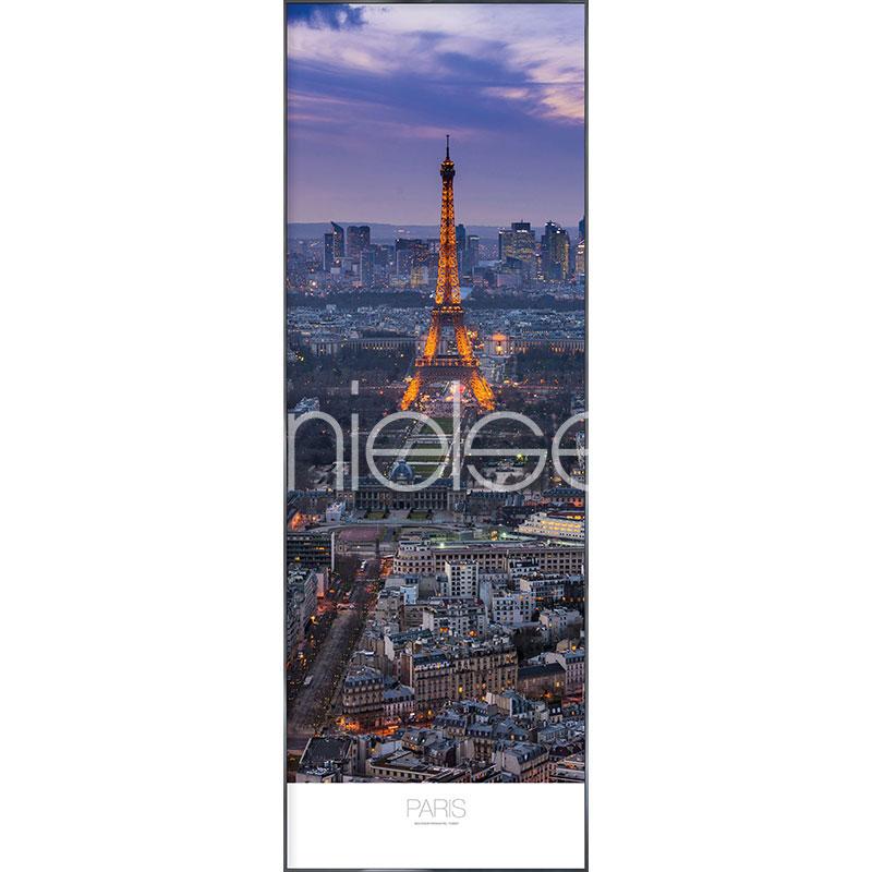 """Beeld met lijst """"Paris in the Evening"""" met lijst van aluminium Alpha"""